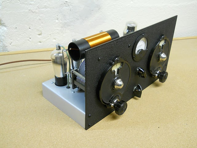 Shortwave Radio Kit together with DIY 20Tube 20Radio 20Sites additionally Wholesale Shortwave Receiver Kits further C3VwZXJoZXRlcm9keW5lLWZtLXJlY2VpdmVyLXNjaGVtYXRpYw additionally Whats The Best Regenerative Receiver Youve Ever Built. on shortwave tube radio kit